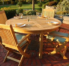 CIRCULAR TEAK DINING TABLE